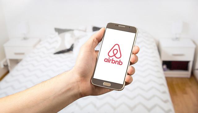 На 100 млрд. долара се оценява влиянието на Airbnb върху икономиката