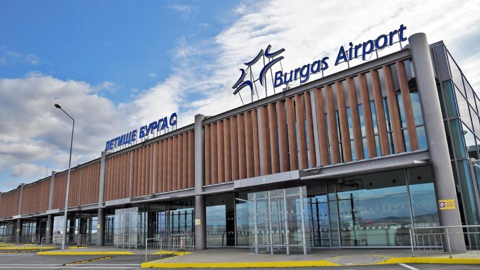 Около 10% по-малко пътници преминаха през черноморските ни летища през 2019 г.