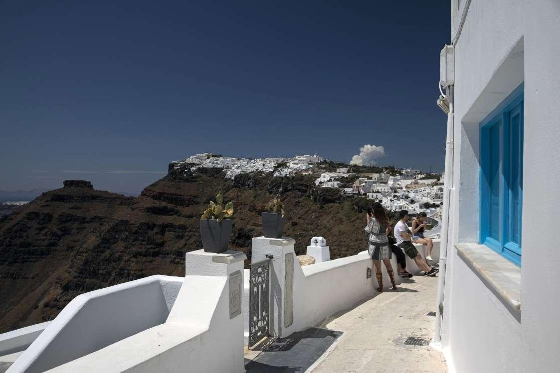 Гърция победи коронавируса. Може ли сега туризмът да спаси икономиката й?
