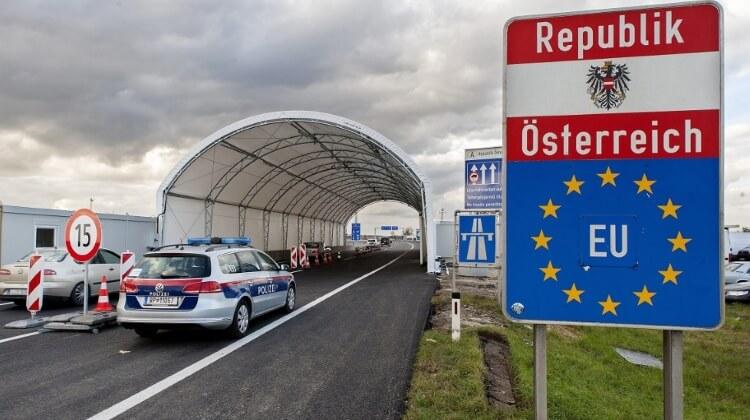 Австрийските власти предупредиха да не се пътува до България