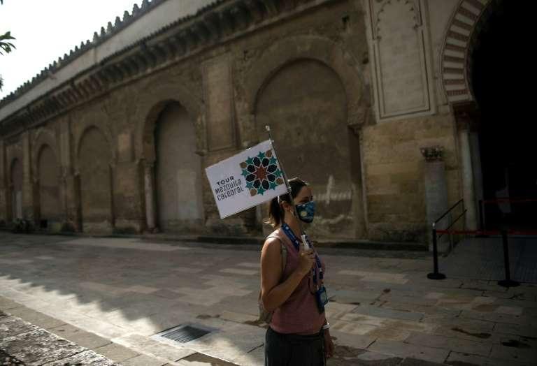 Коронавирусът превърна вътрешността на Испания в туристическа пустиня