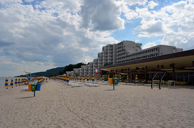 """Курортът """"Албена"""" е на загуба за първи път в 52-годишната си история"""