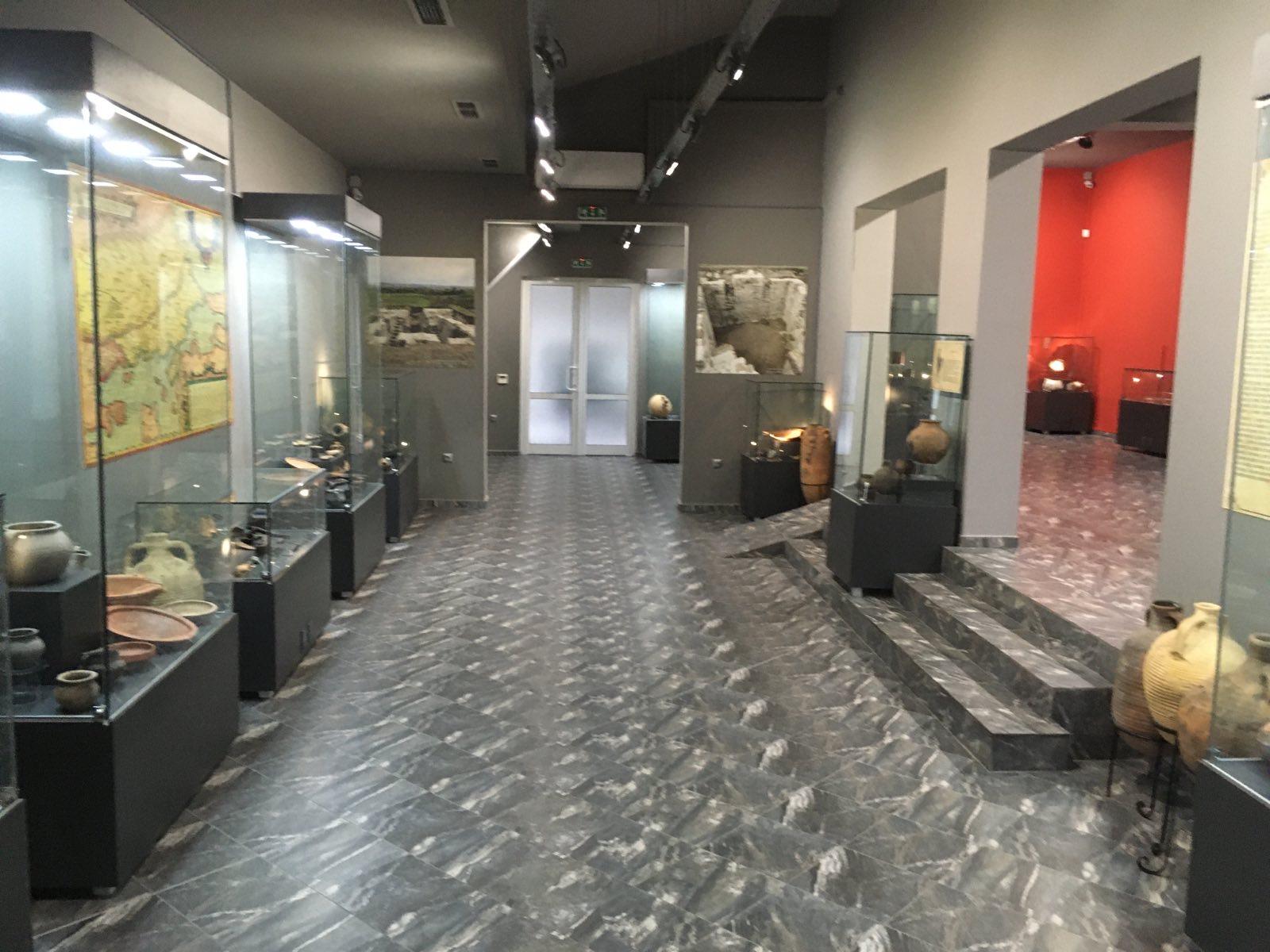 Деултум: Музей насред полето