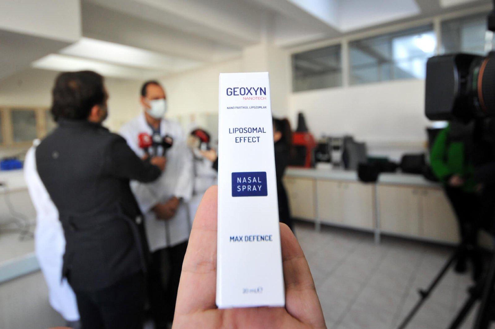 Турски учени създадоха спрей за нос, който убива коронавируса за минута