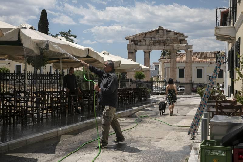 Туристическият сезон в Гърция започва на 15 май