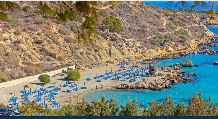 Руски туристи запълниха 30 хотела в Пафос и Фамагуста на остров Кипър