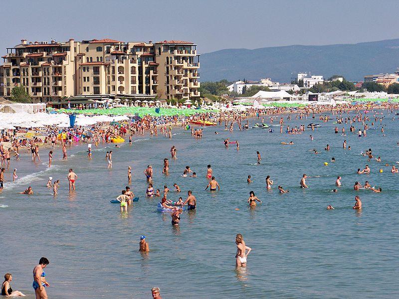 Хотелиери от Слънчев бряг: Съобщенията за ръст на заболелите от Covid-19 разколебават туристите
