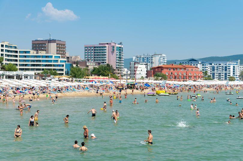 TUI обяви нова вълна от анулирани почивки за Испания, Италия и България