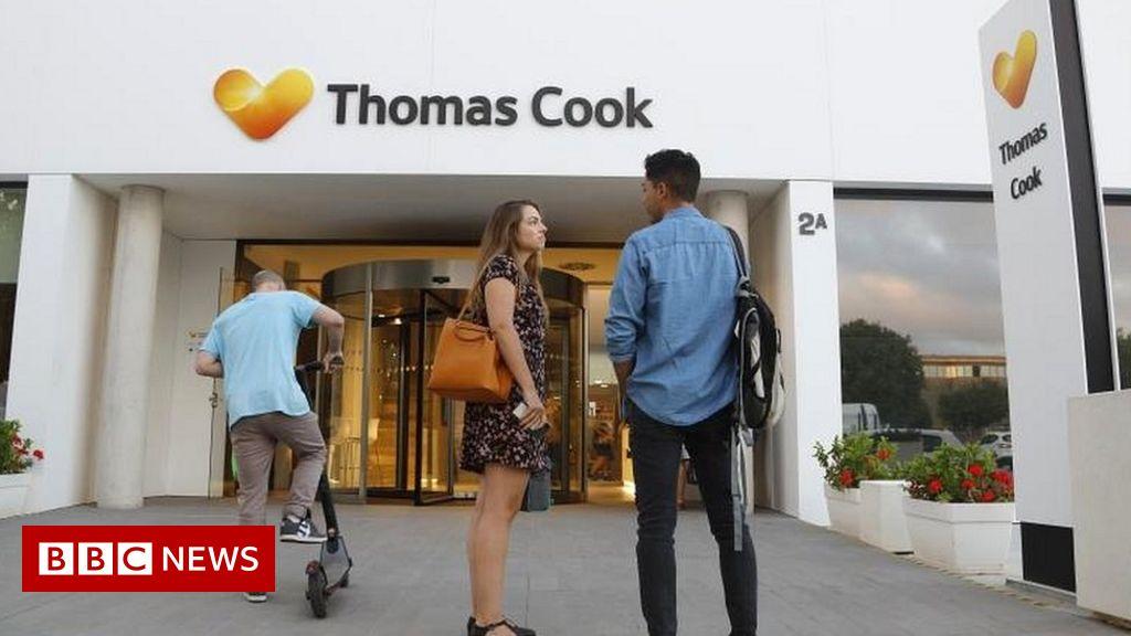 Китайският собственик на Thomas Cook и Club Med удвои загубите си за полугодието