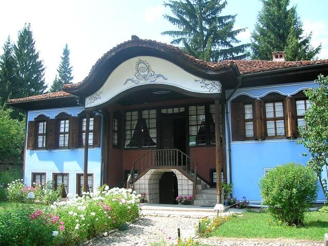 Министерството на туризма излезе с позиция да се запази облика на Копривщица