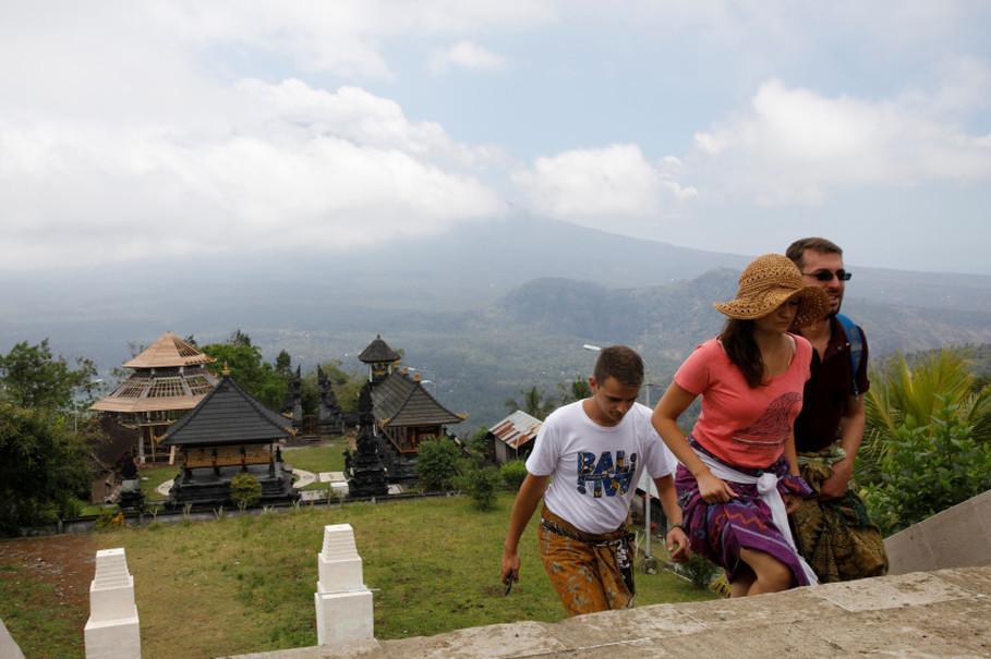 Повече от 14 млн. туристи е посрещнала Индонезия през 2017 г.
