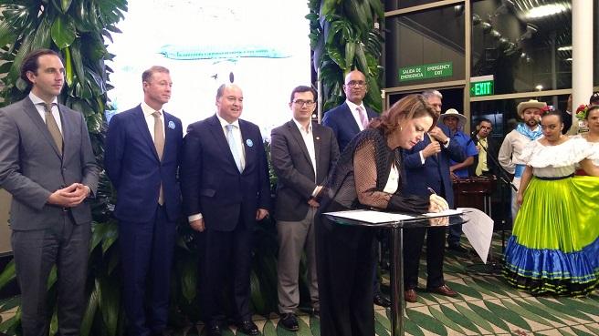 KLM и Коста Рика ще си сътрудничат за по-екологична авиация