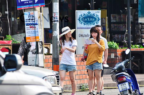 Китайците са най-многобройните туристи в Тайланд през 2015 г.