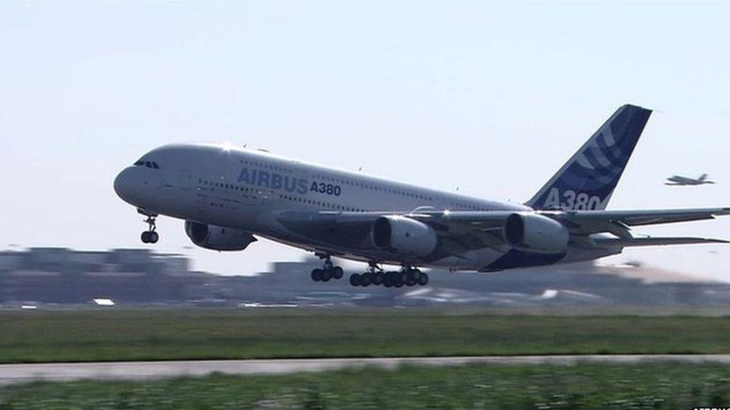 Спада производството на най-големия пътнически самолет в света