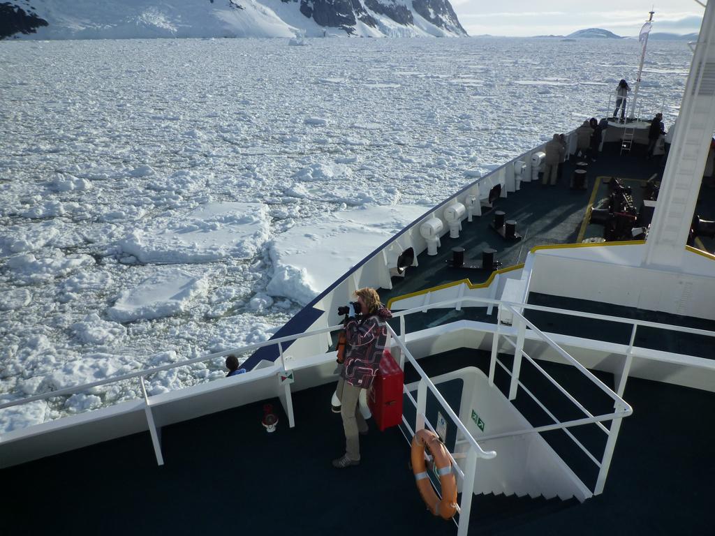 Расте интересът към круизи до Антарктида