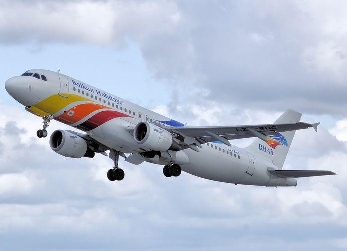 Българска авиокомпания бе оторизирана да лети до Канада