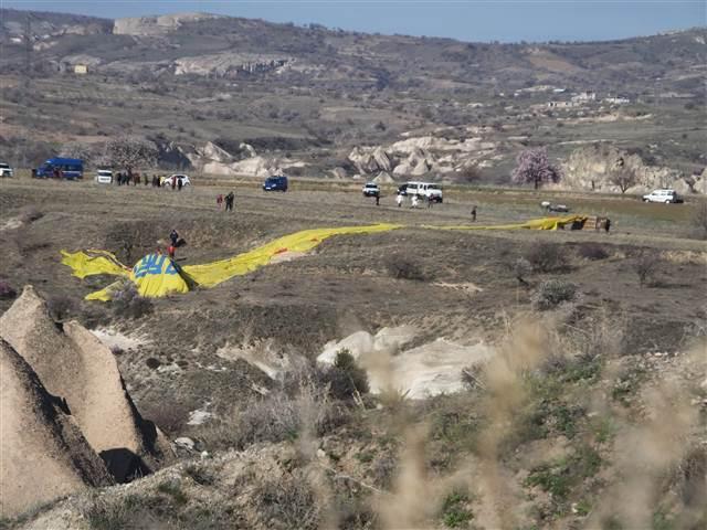 В Турция e паднал въздушен балон с туристи