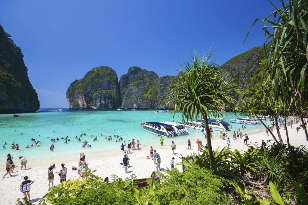 Тайланд затвори за туристи залива, където е сниман