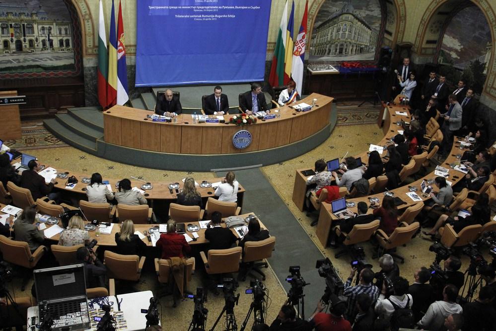 България и Румъния подписаха в Крайова протокол за сътрудничество в туризма