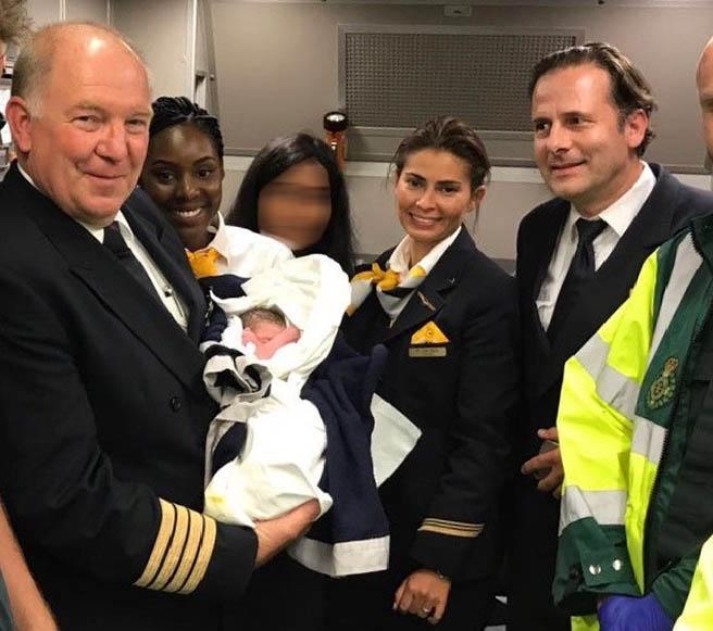 Българче се роди по време на полет