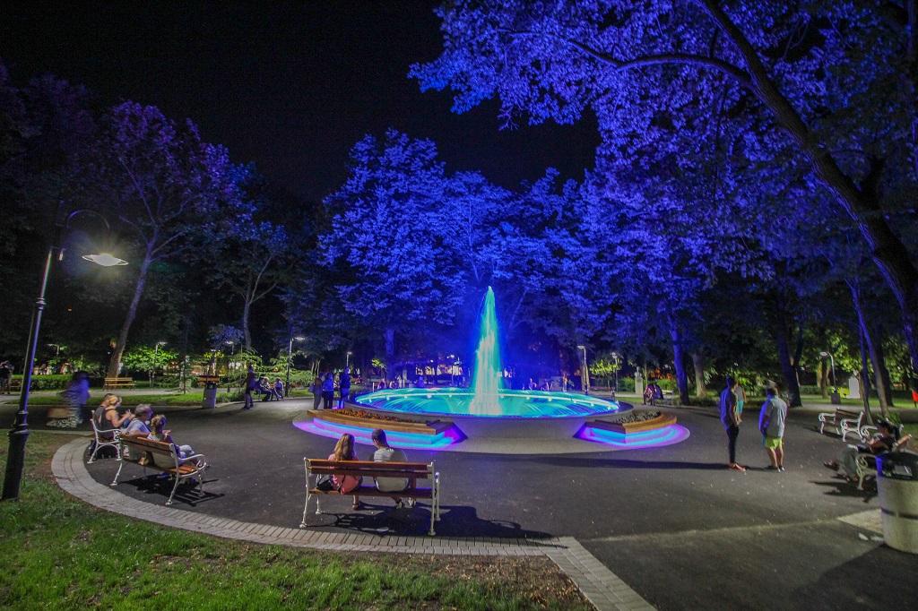 Обновиха Морска градина в Бургас