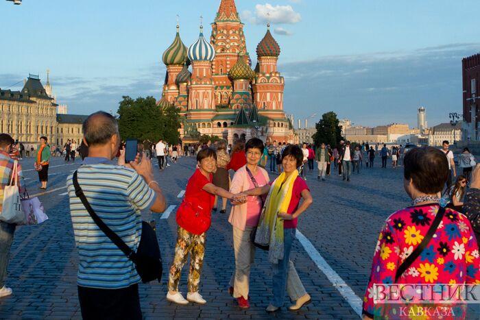 """Русия и Китай развиват """"червен туризъм"""""""