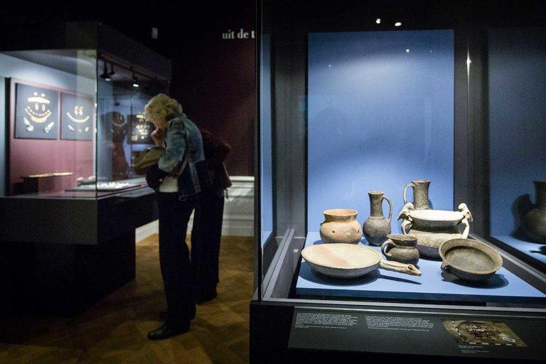 Холандски съд обяви гостуващи експонати от музеи в Крим за собственост на Украйна