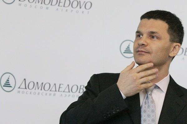 """Руски бизнесмен влага милиарди долари в летище """"Домодедово"""" в Москва"""