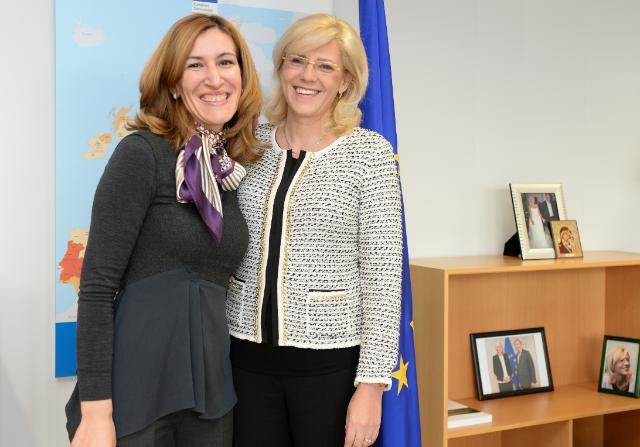 Еврокомисарят Корина Крецу приветства създаването на Министерство на туризма в България