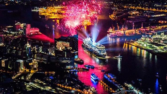 В Хамбург бе пуснат на вода нов круизен кораб на TUI Cruises