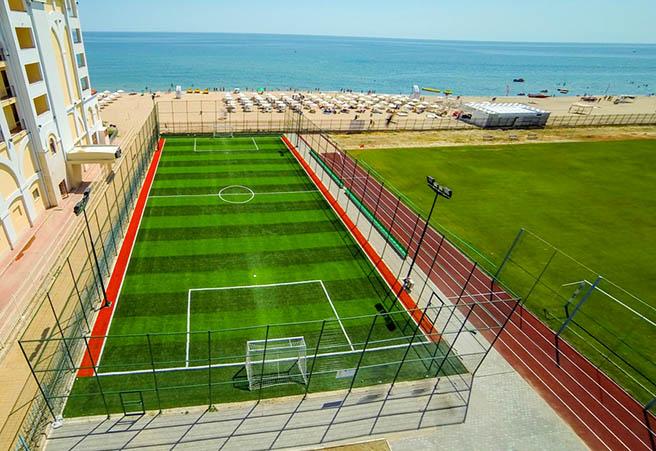 Обзор се сдоби с нови спортни съоръжения край морето