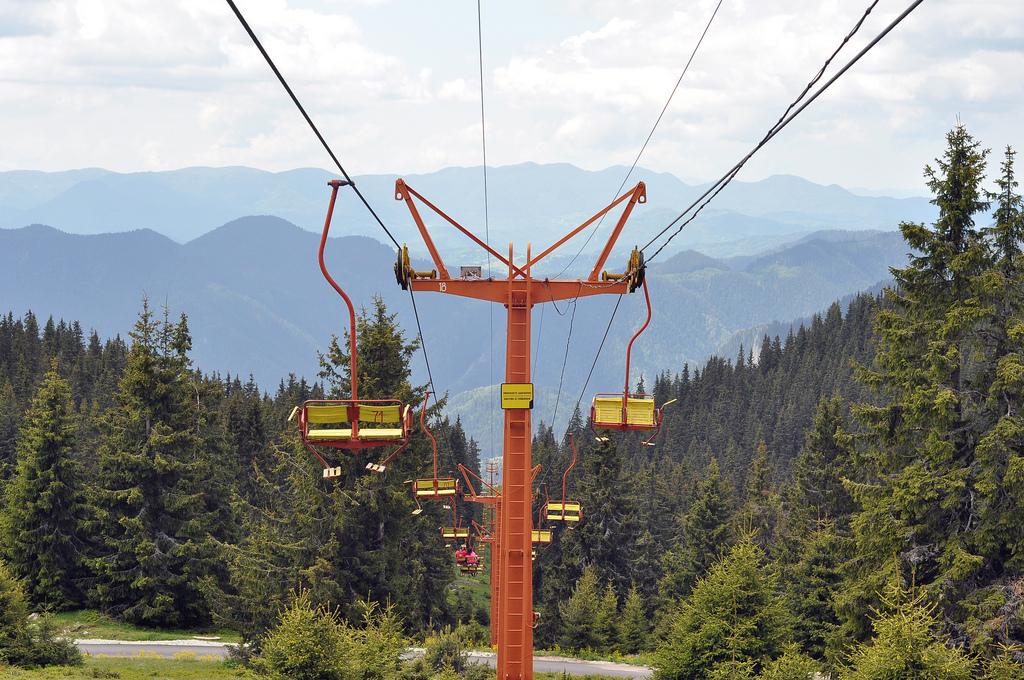 Пампорово дава начало на летния сезон и пуска всички лифтове