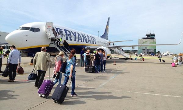 Ryanair ще отменя по 50-60 полета дневно през следващите седмици