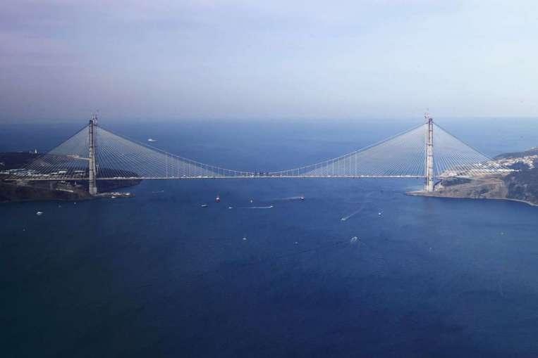 Третият мост в Истанбул над Босфора вече е завършен