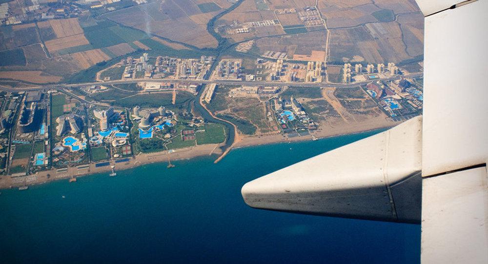 Турция ще продължи да субсидира чартърите с руски туристи