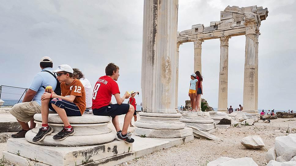 Броят на туристите в Турция намалява за 19-ти пореден месец