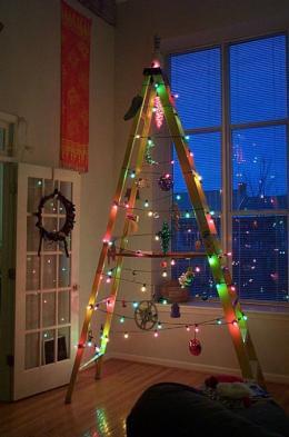 Да украсим елхата за празника